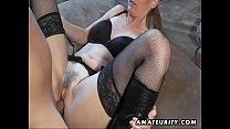 Hot amateur Milf sucks and fucks with cumshot on pussy Vorschaubild