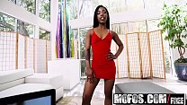 Mofos - Ebony Sex Tapes - (Sarah Banks) - Twerk it Sarah Banks