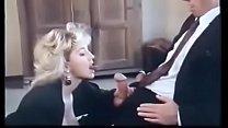 அலுவலகத்திற்கு வந்த அம்மாவுடன் உல்லாச ஓழ் ஆட்டம் tamil mom sex