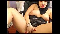 17710 Chubby muslim milf masturbate live show preview