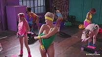 Fitt milfs sharing a fresh pussy in the gym - Scarlett Sage, Abigail Mac, Ryan Keely, Carter Cruise