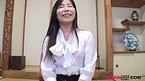 Japan mature Reiko Hayami sex act after interview