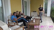 A simple barbecue party ends in a group sex session!! preview image