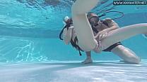 Minnie Manga takes dick underwater