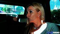 16482 Son mari l'autorise à se faire baiser par un inconnu [Full Video] preview