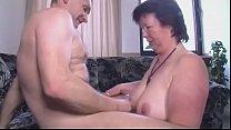 Amateur Milf fickt ihren Mann lach langer Zeit Vorschaubild