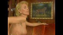 ELEGANT GERMAN MATURE WIFE FUCK A BULL  BY Eldoctorlecter