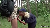 German MILF Politesse laesst sich Outdoor von Fremden Ficken