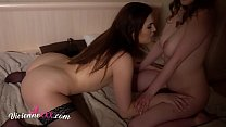 Screenshot Lesbians Pussy  Licking And Facesitting Closeu esitting Closeup