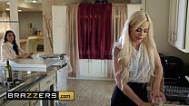 Image: Hot And Mean - (Elsa Jean, Katana Kombat) - Assistant Fail - Brazzers