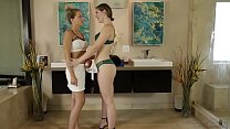 Zoey Monroe and her Husband go to massageparlou...