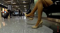 Cams4free.net - Shoeplay At The Airport Tan Stockings