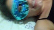Image: Corno limpando com a boca a buceta da Raquel cheia de porra