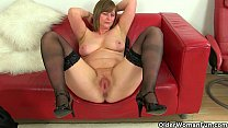 British milfs April and Red take a masturbation...