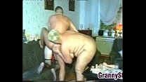Kinky Old Women In A Classic Threesome
