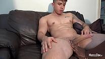 Young latinos muscular guy blow job