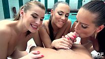 18791 3 Stunning Bombshells Share 1 Cock in the Pool preview