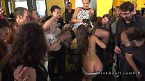Anal gangbang and pussy lick in public bar Vorschaubild