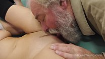 Old Goes Young - Talented cutie rides old dick in cowgirl style Vorschaubild