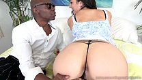 Cum Eating Cuckolds - Paisley Parker fucks her black lover