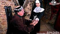 junge nonne zum sex verführt im kloster