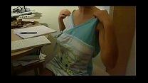 Download video bokep Domestica tettona 3gp terbaru