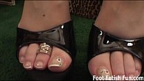Worship my feet and you'll get a footjob
