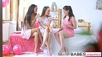 Babes - ( Blue Angel, Clea Gaultier) - Babes loves Bachelorettes
