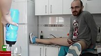 6717 She is washing the dishes in the kitchen and he fucks her behind IV028 preview