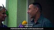 BUMS BESUCH - Busty German porn star Dana Jayn fucks mature amateur fanboy Vorschaubild