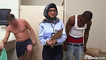 Mia Khalifa the Arab Pornstar Measures White Co...