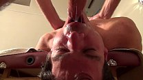 Massage tantrik d'un jeune twink italien   Gaysight.com