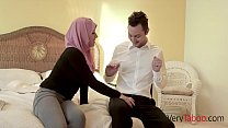 Virgin in HIJAB fucks her stepdad!'s Thumb
