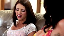 Image: Mommy Takes a Squirt - Adriana Chechik and Veronica Avluv