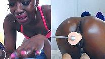 Ebony cam girl squirts