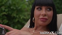 MARISKAX Sexy cougar Valentina Ricci gets ass fucked