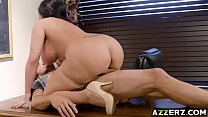 Sizzling hot sex with Sheridan the librarian صورة