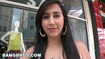 BANGBROS - Latina Valerie Kay Gets Wild In Publ...
