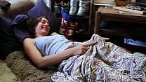 Yanks Roe Masturbating Her Slick Cunny