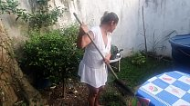 Landscaper of Nego Catra naughty !!! Works without panties offering to the boss !!!