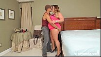 Big Booty Brunette BBW Kandi Kobain Fucks Buff Male Model