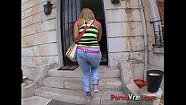 Cette infirmière aime baiser avec des inconnus !!! French amateur