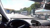 Blasen beim Auto fahren von deutscher rothaariger schlampe exfreundin Vorschaubild