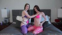 Amber Hahn and Gemma Minx Strap-on fun缩略图