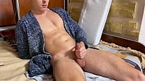 WOW Horny Young Guy make Big Cum on himself