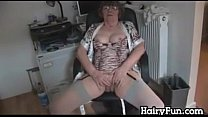 Granny Strips And Teases Her Hairy Pussy Vorschaubild