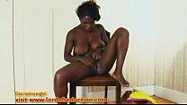 Voluptuous ebony babe fingers and squirts pornhub video