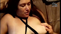 They put the roll in the aunt who sold yogurt, she loved doing DP with her naughty colleagues. (Complete on Xvideos Red)