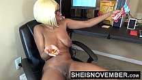 Big Ass Young Ebony Girl Fucked By Old Man At work صورة