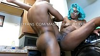 Mrs.masked gets the squirt sucked out of her wh...